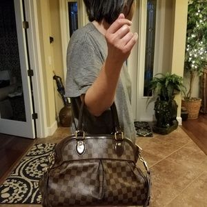 Authentic Louis Vuitton Trevi Damier Ebene PM Hand